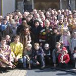 Семейное фото - одна из любимых традиций заводской общины