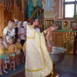 Заводчане становятся крестными родителями детей-сирот