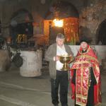 В непростые периоды жизни заводских цехов священнослужители всегда оказывают молитвенную поддержку его труженикам