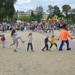 1 сентября в Донецке на территории парка Центра славянкой культуры состоялся молебен перед началом учебного года и праздничная программа, посвященная Дню знаний.