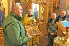 17 ноября в Свято-Игнатьевский заводской храм была передана икона святого Феодосия Кавказского - подарок терских казаков